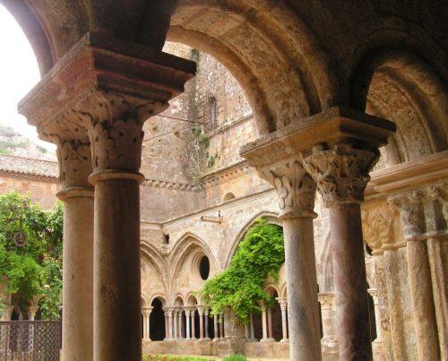 Intérieur abbaye de Fontfroide