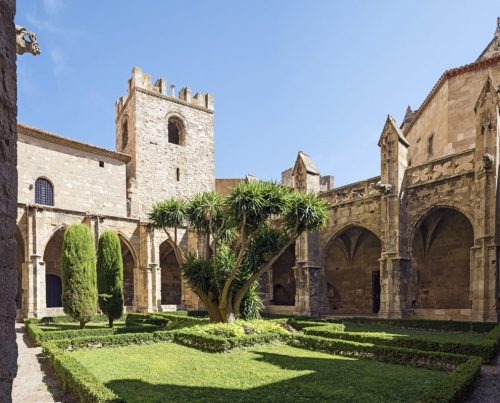 Cloître cathedrale saint-just narbonne